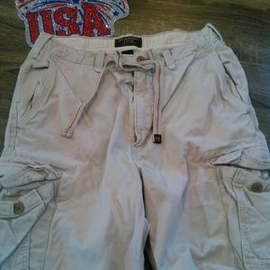 Abercrombie & Fitch Distressed Cargo Khaki Shorts